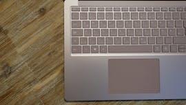 Das Keyboard und Trackpad des Surface Laptop 3 sind top. (Foto: t3n)