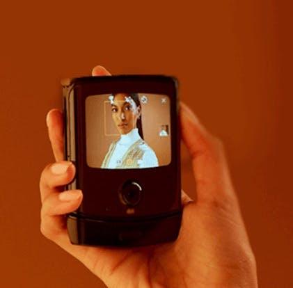 Motorola Moto Razr Foldable – die Hauptkamera dient offenbar auch als Selfie-Cam. (Bild: Evleaks)