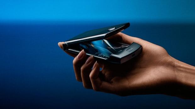 Es ist kompliziert: iFixit zerlegt Motorola Razr und vergibt nur 1 Punkt