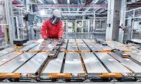 Akkupreise für Elektro-Autos fallen weiter – auf 83 Euro pro Kilowattstunde im Jahresschnitt