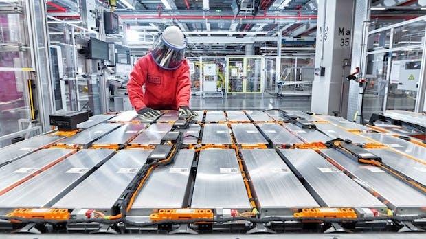 Elektromobilität: Audi und Umicore recyceln Autoakkus