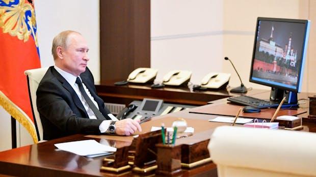 Windows 10? Fehlanzeige! Darum nutzt Wladimir Putin noch Windows XP