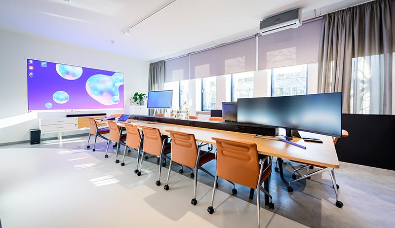 Samsung Smart Home Office