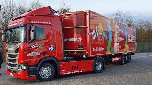 E-Highway Schleswig-Holstein startet: Scania liefert ersten O-Lkw