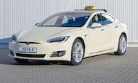 Elon Musk zuversichtlich: Autonome Tesla-Taxis könnten 2020 starten