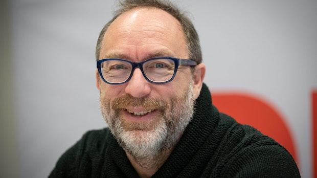 500.000 Nutzer und doch nichts los: Ich habe Jimmy Wales' Facebook-Alternative getestet
