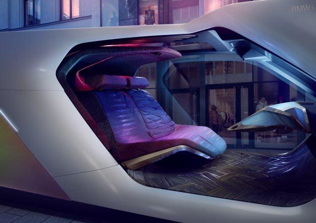 BMW i Next Interaction – mit Gesten und Blicken mit dem Auto interagieren. (Bild: BMW)