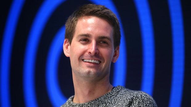 Snapchat vergrößert Nutzerbasis, verkleinert Verlust