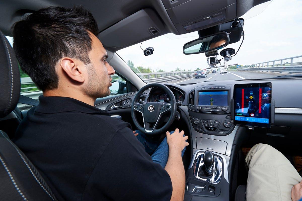 Automatisiertes Fahren: ZF kündigt Level-2-Plus-Tech für unter 1.000 US-Dollar an