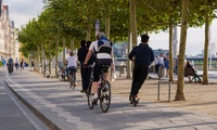 Studie: E-Scooter nicht unsicherer als Fahrräder
