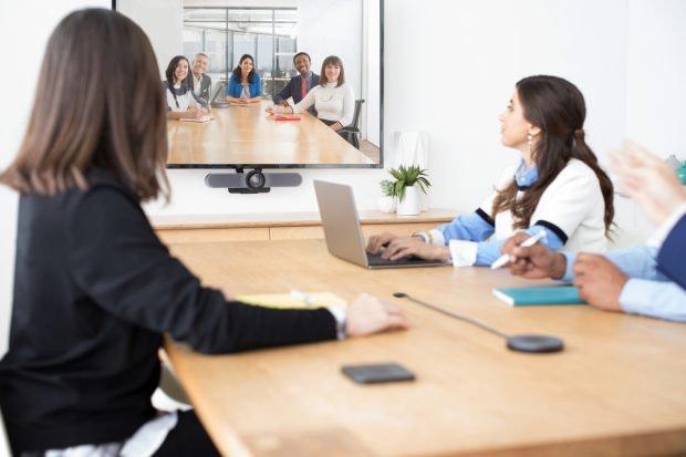 Logitech Meetup Wecam in Konferenzsituation