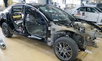 Tesla Model 3 zerlegt: Elektronik 6 Jahre weiter als VW und Toyota