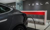 2 bis 3 Jahre Vorsprung vor Konkurrenz: Tesla ist absatzstärkster Elektroautobauer