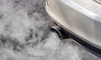 Verfehlte CO2-Grenzwerte: Autobauern drohen 3,3 Milliarden Euro Strafe von EU