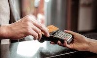 Analyse zum Bezahlverhalten: Die Coronakrise ändert Gewohnheiten