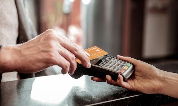 Giropay: Wie die Banken und Sparkassen gemeinsam gegen Paypal vorgehen