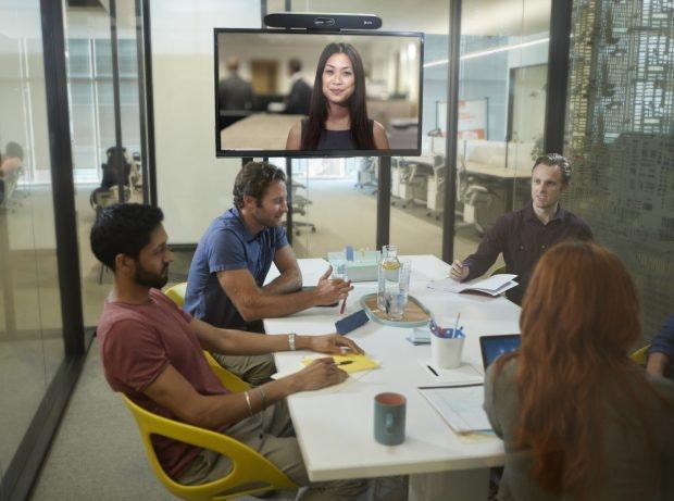 Poly Studio X50 als Beispiel für kompakte Videokonferenz-Systeme