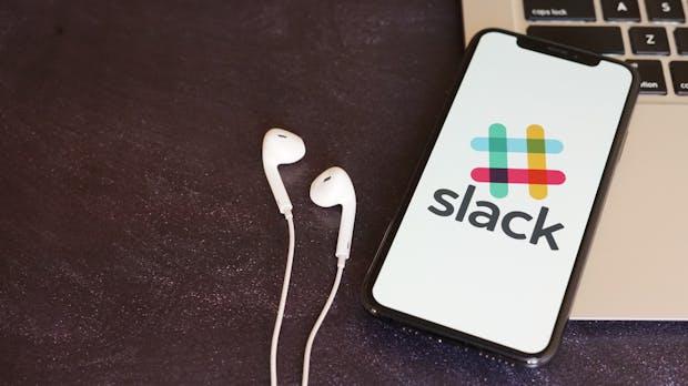 Slack arbeitet an einer Verknüpfung mit Teams für Anrufe