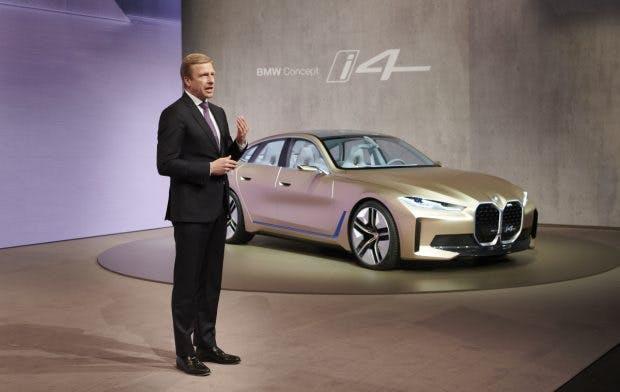 """BMW Vorstandschef Zipse: """"Neue Technologien sind der Schlüssel zur Zukunft der Mobilität. Bis 2025 nehmen wir mehr als 30 Milliarden Euro für Forschung und Entwicklung in die Hand, um unsere Rolle als Innovationsführer weiter auszubauen."""" (Foto: BMW Gruppe)"""