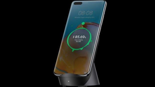 Das Huawei P40 Pro Plus unterstützt Wireless Charging mit bis zu 40 Watt. (Bild: Huawei)