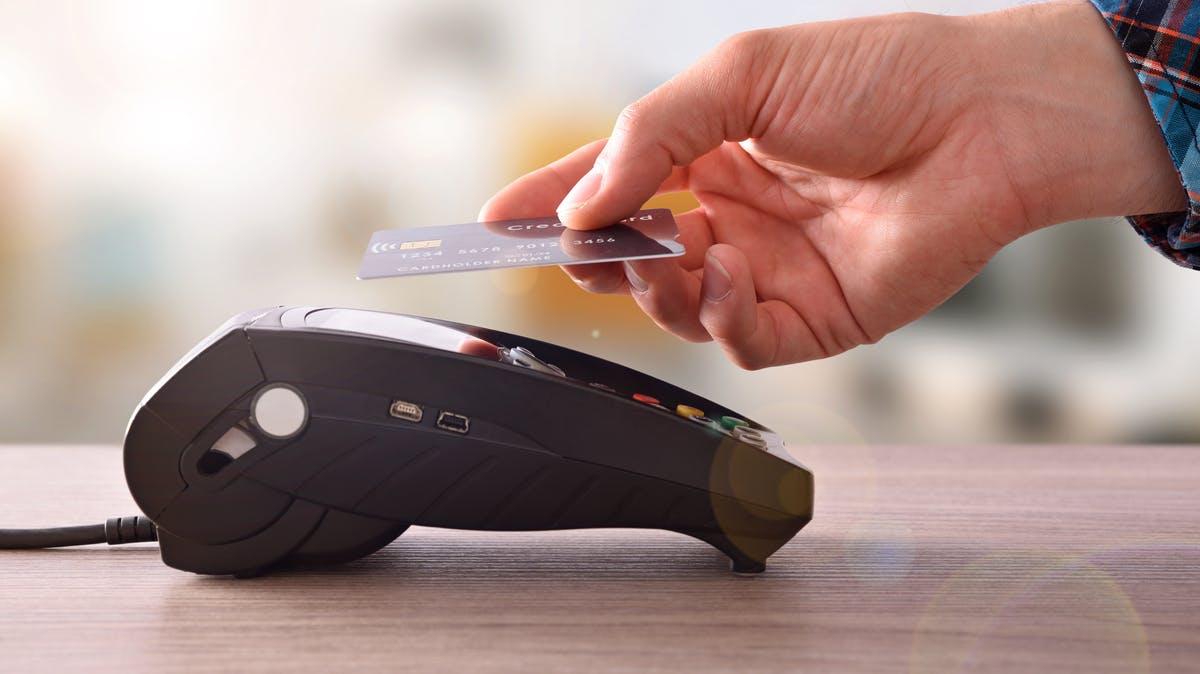 Wegen Corona: Banken wollen Limit für kontaktloses Bezahlen erhöhen