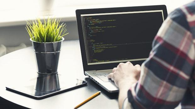Wie funktioniert ein Compiler? Mit diesem Projekt baust du dir selbst einen