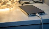 Diese App lässt euer Smartphone nachts für die Corona-Forschung arbeiten