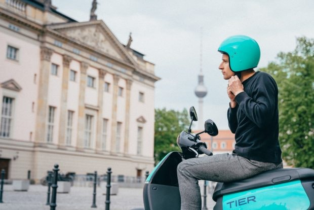 Tier startet E-Moped-Verleih in Berlin