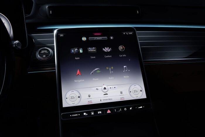 Mercedes-Benz zeigt zweite Generation seines 3D-Betriebssystems MBUX