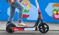 Freenow-Tochter Hive startet mit 1.000 E-Scootern in Hamburg