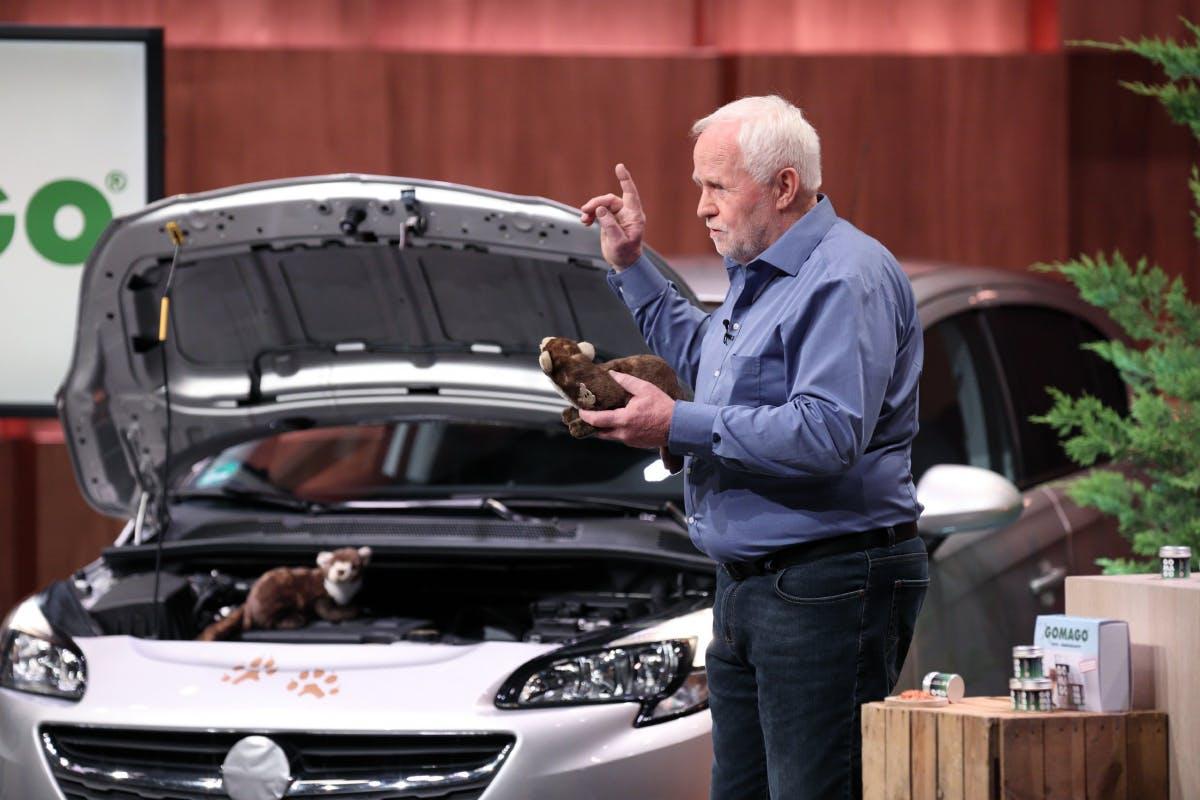 Den Mader vertreiben will Klaus Skottki mit seinem Produkt. (Foto: TVNOW / Frank W. Hempel)