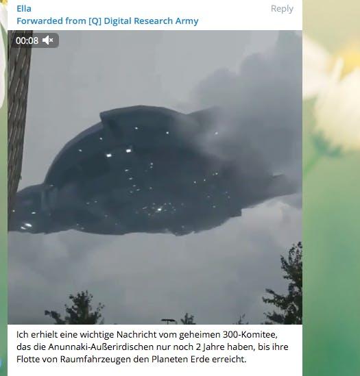 In einer Qanon-Gruppe wird davor gewarnt, dass Außerirdische nur noch zwei Jahre von der Erde entfernt sind. (Screenshot: t3n)