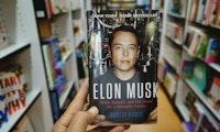 Das sind die Lieblingsbücher von Tesla-Chef Elon Musk