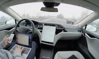 """Autoexperte Dudenhöffer: """"Wir alle gewinnen viel, wenn der Autopilot Realität wird"""""""