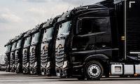 Daimler und Waymo kooperieren bei der Entwicklung autonomer Lkw
