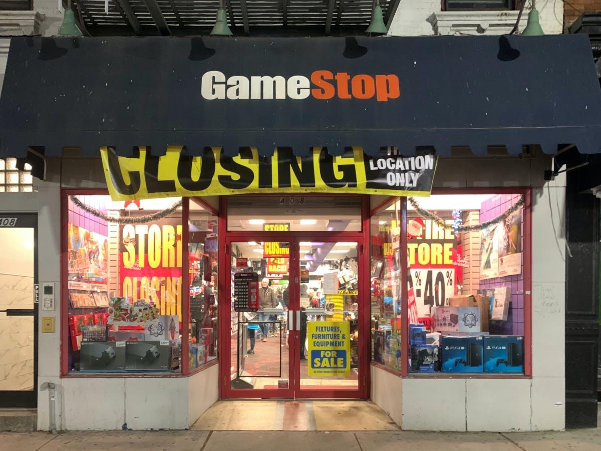Wallstreetbets: Gamestop's CFO resigns