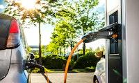 Hamburg ist Vorreiter bei Elektroautos, Berlin knapp dahinter