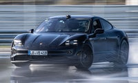 Weltrekord für E-Auto: Porsche Taycan legt den längsten Drift hin
