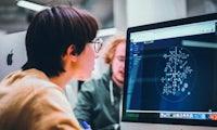 Code – Welche Chancen hält die Sprache der Zukunft für uns bereit?