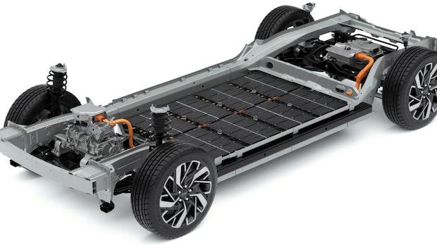 Mythen der Elektromobilität: Batterien von E-Autos sind Elektroschrott