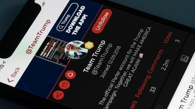 Security-Fail bei rechtem Netzwerk Parler: Hacker stellen 70 Terabyte Nutzerdaten sicher