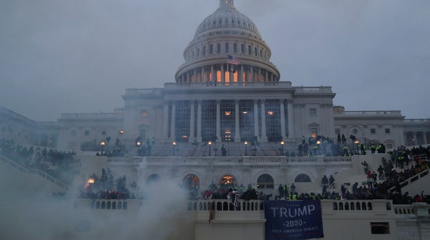 5 Dinge, die du diese Woche wissen musst: Trump, Twitter und der Mob