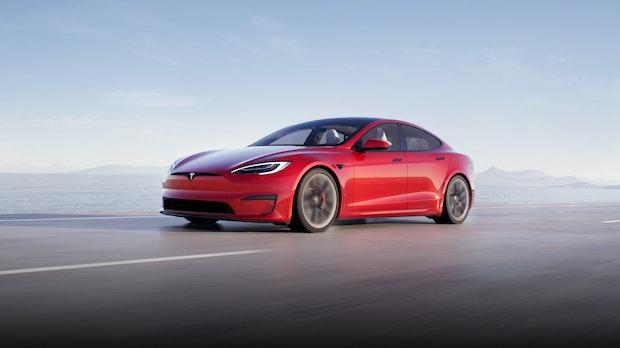 Elon Musk: Tesla Model S bietet Gaming auf PS5-Niveau