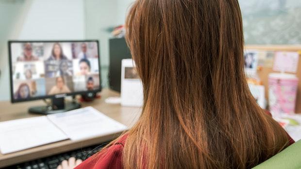 Webex-Videocall: Was Lehrer über Eltern sagen, wenn sie denken, dass sie alleine sind