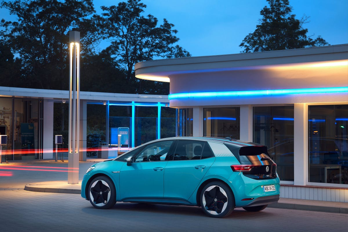 E-cars: VW platform MEB, according to UBS analysis, competitive with Tesla