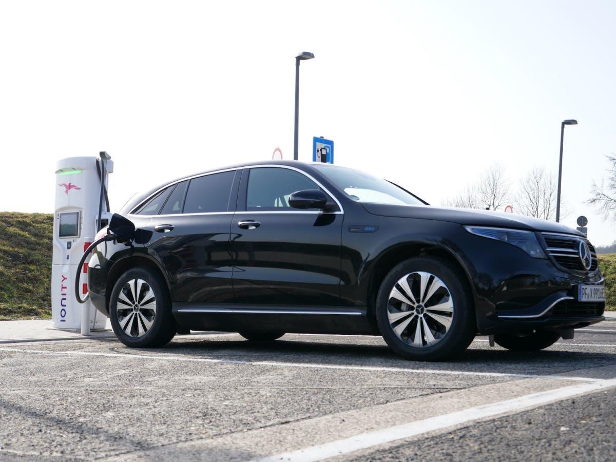 Mercedes-Benz EQC im Test: Das fast perfekte Premium-Elektroauto - t3n – digital pioneers
