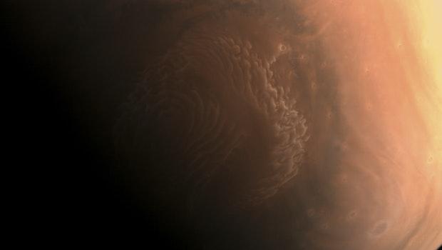 Am 4. März schickte Chinas Mars-Sonde Tianwen-1 ein hochauflösendes Foto vom Roten Planeten zur Erde. (Foto: CNSA)