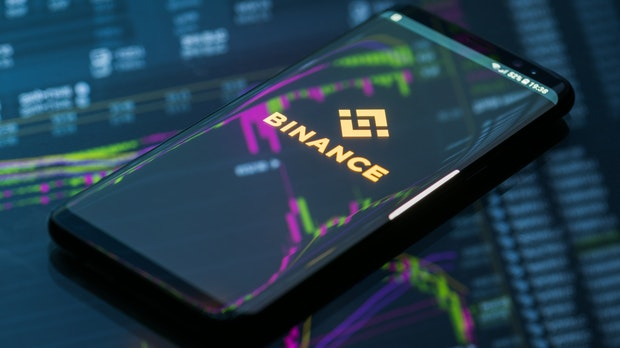 Unerlaubter Krypto-Handel: Binance-Chef CZ bezeichnet Berichte über Ermittlungen als haltlos