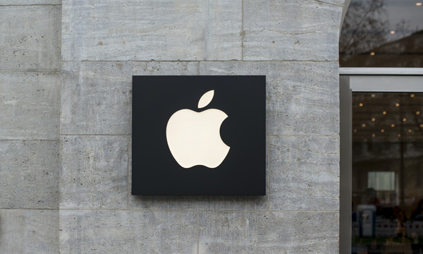 Zwangsarbeit in China: Sieben Zulieferer von Apple, Amazon und Co. in der Kritik