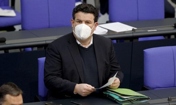 Infektionsschutzgesetz unterzeichnet: Das ist neu beim Homeoffice- und Bürobetrieb